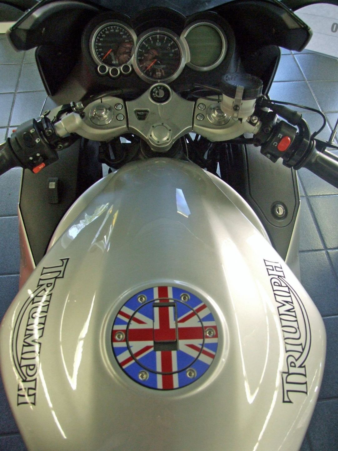 Triumph Petrol Gas Cap Aluminium Tank Decal Union Flag